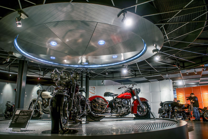 Harley Davidson Museum   3DS - Exhibit Fabricators