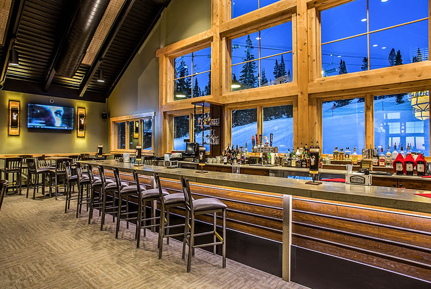 Steamboat Ski Resort - Four Points Lodge and Thunderhead Lodge
